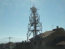 Informe sobre efectes en la salut humana dels camps electromagnètics